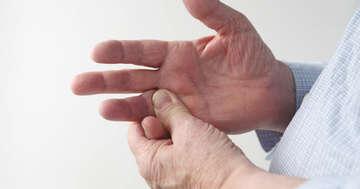 関節リウマチの薬シムジアはどれくらい効く?副作用は?