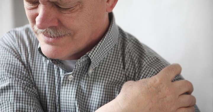 79歳男性の腕がポパイの力こぶのようになった原因は?の写真