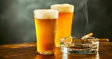 酒で赤くなる人は喫煙による肺がんリスクが高いの写真