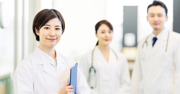 研修医はどんなことをしている?制度上の立場、病院での仕事内容、生活についての写真
