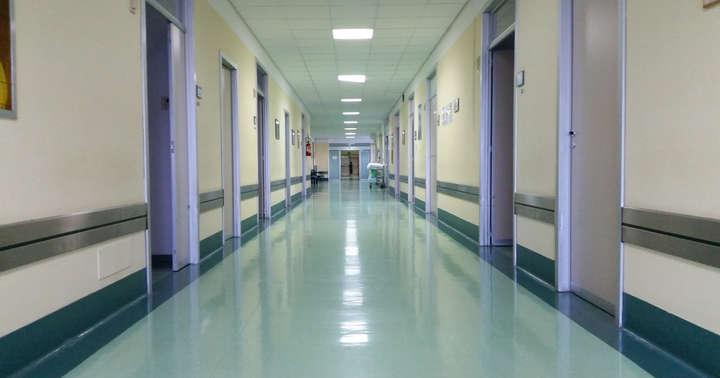 直腸がん末期の80歳男性はなぜ家に帰れなかったのかの写真
