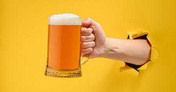 【アルコール依存症チェック】「お酒を飲みたい」気持ちが抑えられない人は要注意の写真