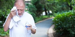 暑い日には病気のリスクが……意外と増えない。の写真