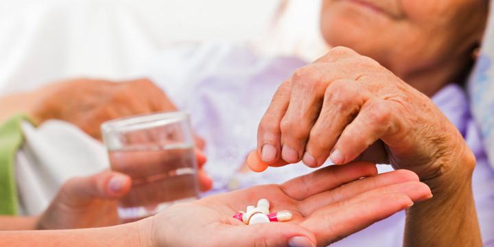 「高い薬」と説明するとより治療効果が増す?の写真