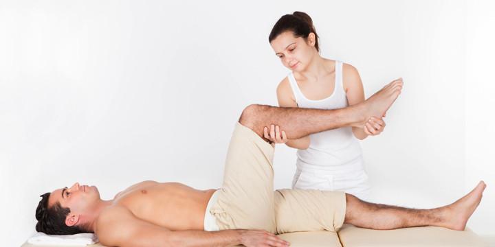 腰痛患者に対する、手術とリハビリには効果の差はなし?の写真