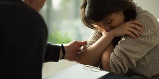 認知症ケア、家族介護者のうつ病を4分の1にするプログラムの写真