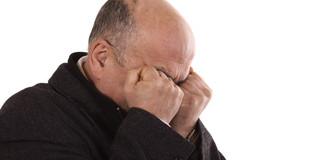脳卒中を発症した人は、自殺率が約2倍にの写真