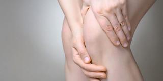 変形性膝関節症に対する関節内ステロイド注射に効果なし