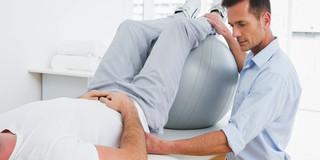変形性膝関節症に対する陸上の運動療法は長期的な効果ありの写真