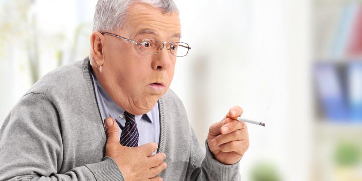 やはり、高齢者でも禁煙することで心血管疾患の死亡リスクが減少の写真