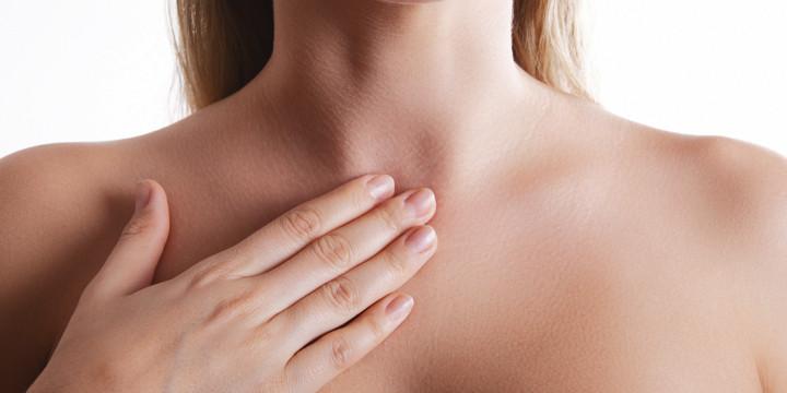 急性喉頭炎と急性喉頭蓋炎の写真