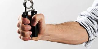 握力が強ければ強いほど死亡率が低下する?の写真