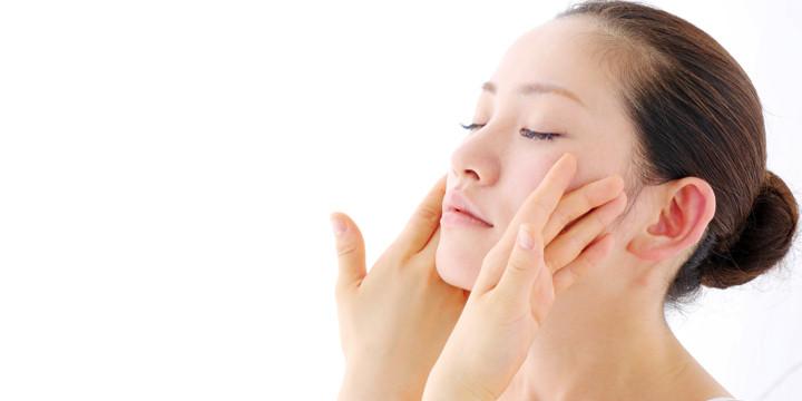 ニキビを治す光線力学療法の写真