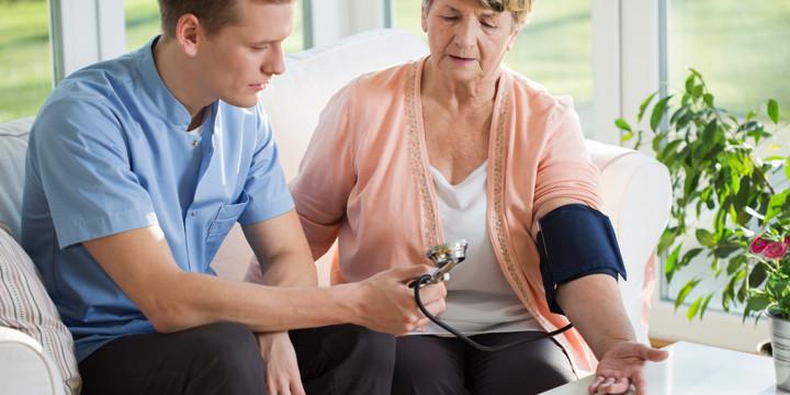 過度な高血圧治療は認知症に悪影響を及ぼす?の写真