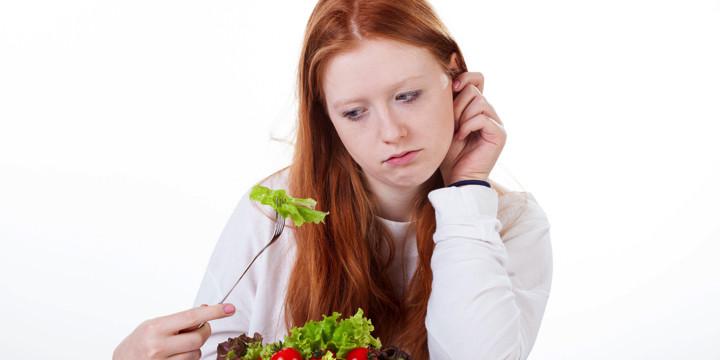 少しの野菜や果物を食べるだけで、骨折が抑えられるの写真