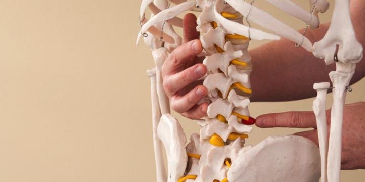 脊髄損傷の手術を遅らせたほうが死亡率が低かった?の写真