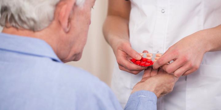 抗うつ薬にメチルフェニデート併用で効果増、認知症にも?の写真