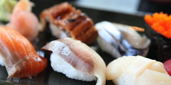 冷凍のサバ、イカを使っても寿司の味は変わらなかったの写真