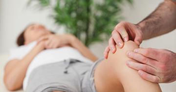 膝蓋大腿関節症の痛みに、運動、患者教育、徒手療法、テーピングの組み合わせで大きな改善の写真