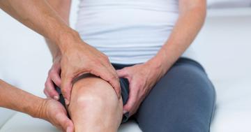 変形性膝関節症にキネシオテーピング、膝の痛みが軽減 の写真
