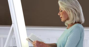 うつ病治療に光療法の効果を検証、76%でうつ症状なしにの写真