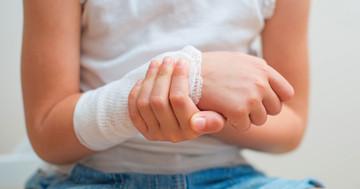 子どものビタミンD不足は骨折と関係するのか?重症度と血中25(OH)Dの関連の写真