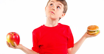 子どものアレルギー症状を減らした食べ物は?ファストフードは喘息に特徴的な症状の増加と関連の写真