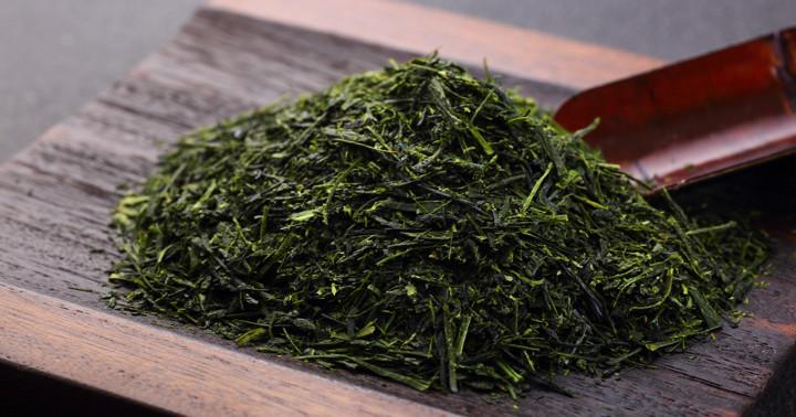 緑茶の成分を12週間飲むと体重、BMI、ウエストが減った!「高用量EGCG」の効果の写真