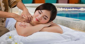 タイ式マッサージが片頭痛・緊張型頭痛に効果がある? の写真 (C) torwaiphoto - Fotolia.com