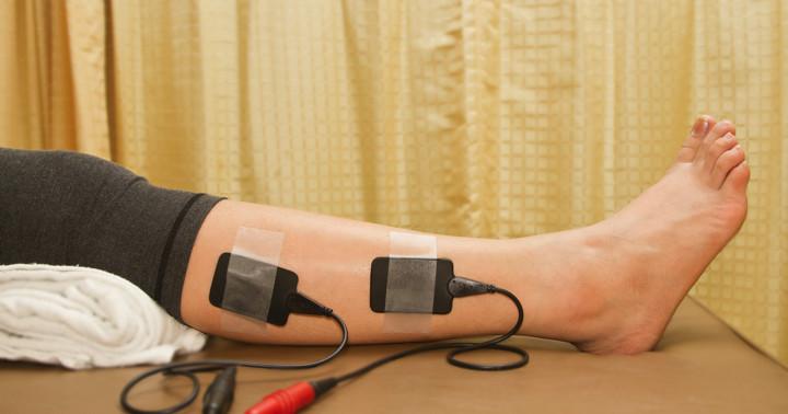 脳卒中後の歩行訓練には機能的電気刺激が有効の写真