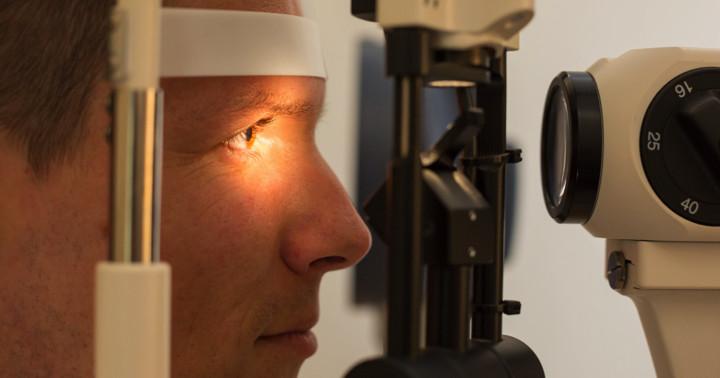 脳卒中のときは眼底検査に違いが出る?脳血管疾患、一過性脳虚血発作との関連の写真