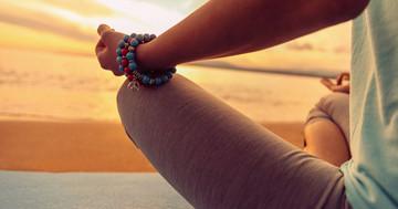 不眠症には、睡眠教育よりも瞑想の方が有効 の写真 (C)Remains - Fotolia.com