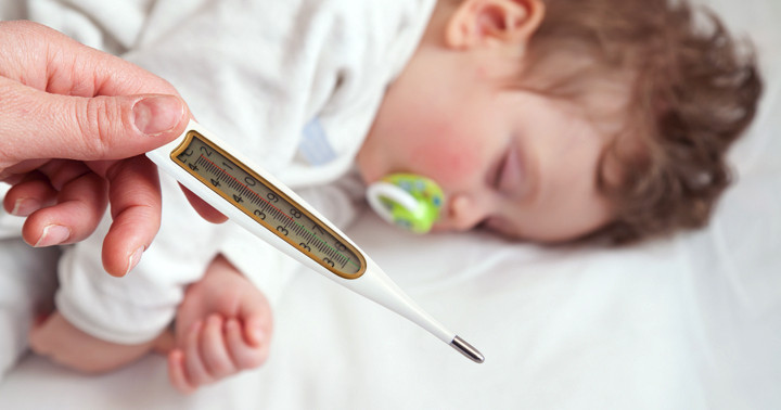 熱が出たらすぐに病院に行くべき?〔小児科に行く前に〕の写真