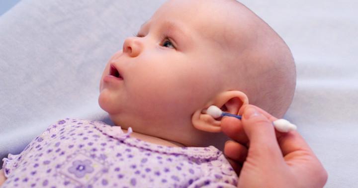 子どもの耳垢、病院に行ってとってもらったほうがいいの?〔小児科に行く前に〕の写真