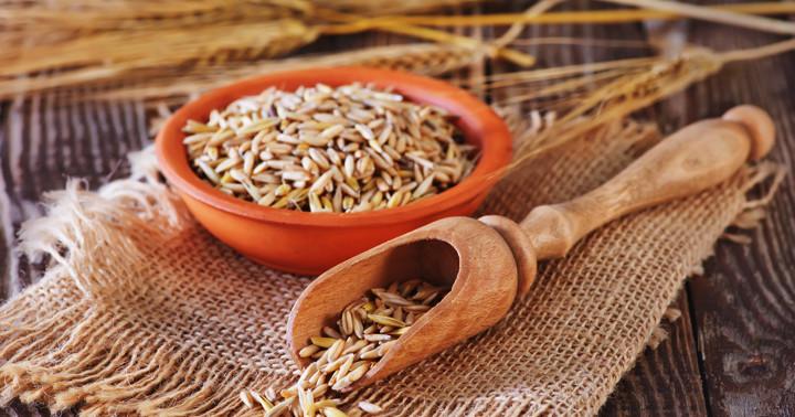 オート麦、大麦の成分がコレステロールを下げる?βグルカン消費量とLDLコレステロールの値の関連の写真