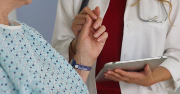脳卒中後失語症患者に対するiPadアプリの効果 の写真