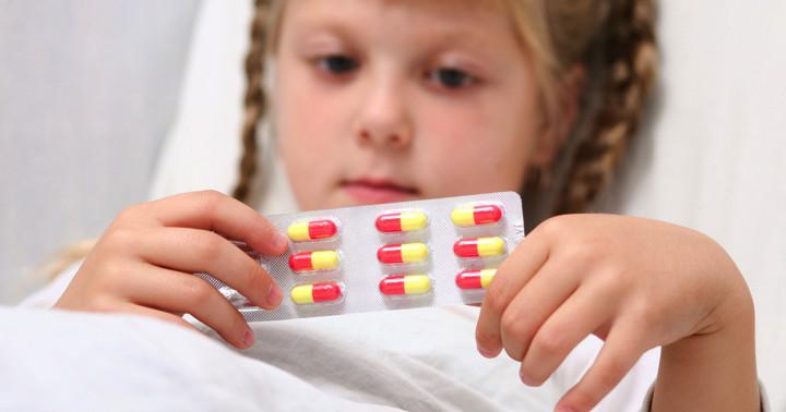 抗生物質を使った子どもは若年性特発性関節炎を発症しやすい?の写真