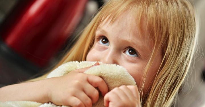 副流煙に触れた子どもは肺炎で入院する期間が長いの写真