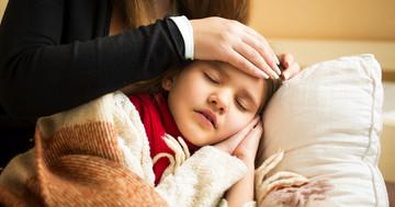 子どもの高熱から突然死にもつながる「川崎病」、特徴的な症状とは?の写真