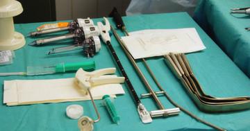 手術野で使われる医療機器(手術室の中シリーズ③)の写真