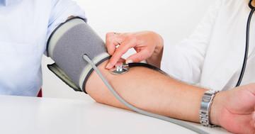 血圧は正常範囲でも少し高いと心筋梗塞リスクに、その境界は? の写真