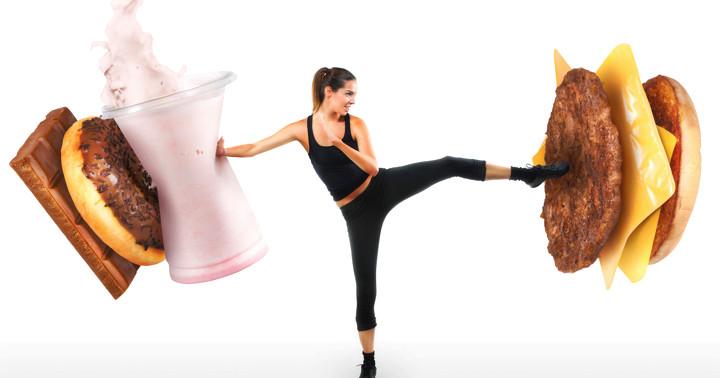体重の7-10%の減量目標で食事、運動を行うと脂肪肝が改善する の写真