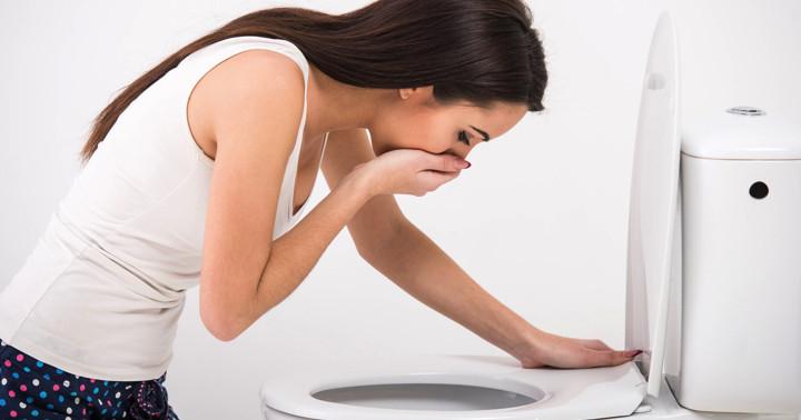 嘔吐の原因は?脂肪腫を腹部CTで発見の写真