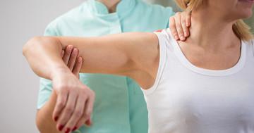 肩腱板損傷の治療、理学療法と自宅でのセルフエクササイズにあまり差はない の写真