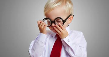 子どもの近視の進行を予防、0.01%アトロピン点眼の効果はの写真
