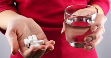 ビタミンDとカルシウムは抗HIV薬の副作用による骨密度の減少を抑制する の写真