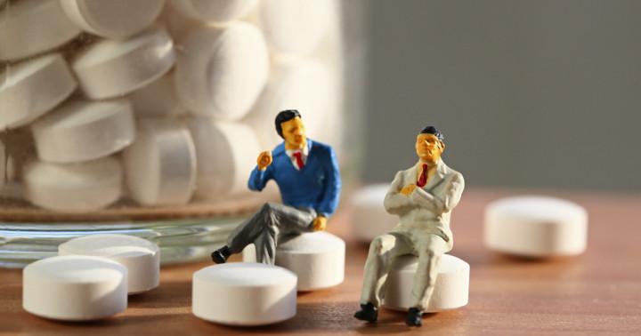 その薬、本当に効いたんですか?〔論文の読み方シリーズ〕の写真