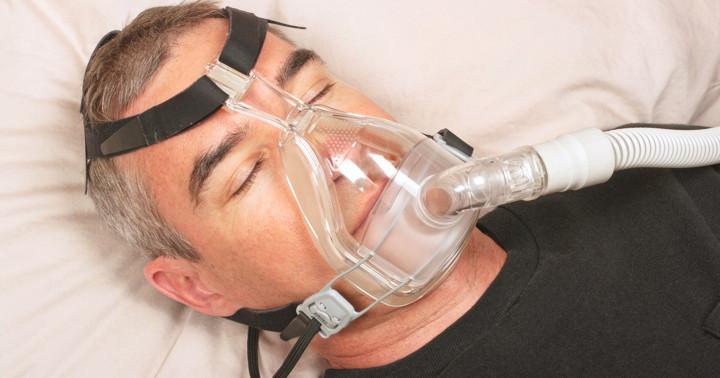 肥満低換気症候群の呼吸改善には非侵襲的換気療法(NIV)が有効の写真