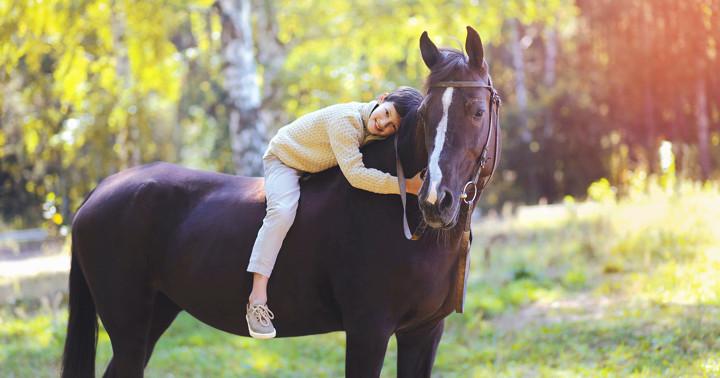 脳性麻痺児の運動能力とバランス能力の向上に乗馬療法が有効 の写真