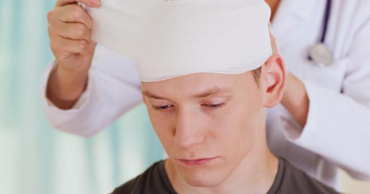 頭を負傷した人ではADHDが多いの写真